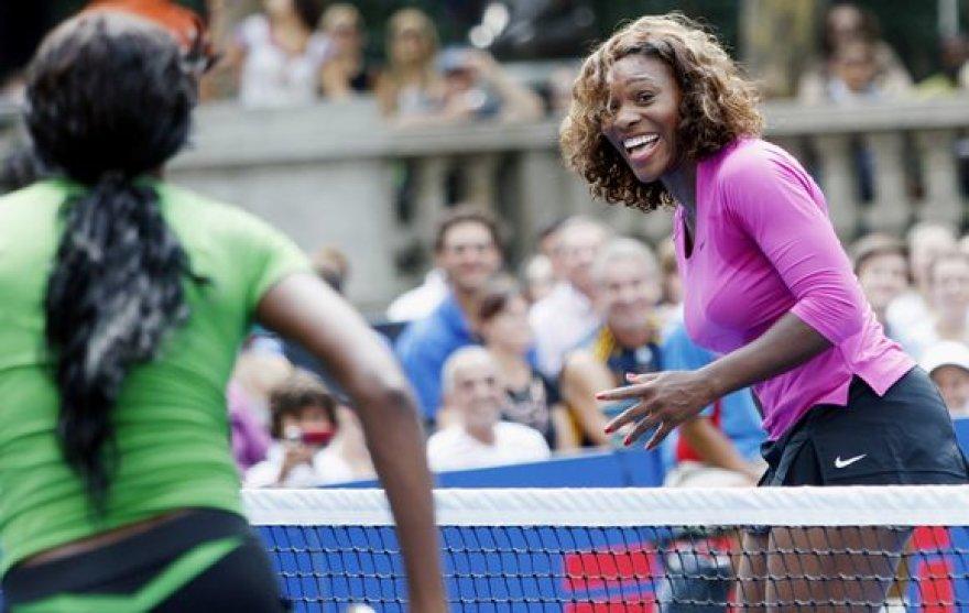 Seserys Williams prieš turnyrą geros nuotaikos