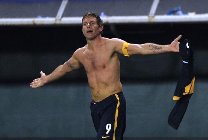 Martinas Palermo džiaugiasi įspūdingu įvarčiu