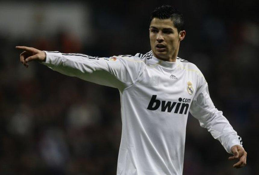"""C.Ronaldo Čempionų lygos finale tikisi susidurti su """"Barcelona"""""""