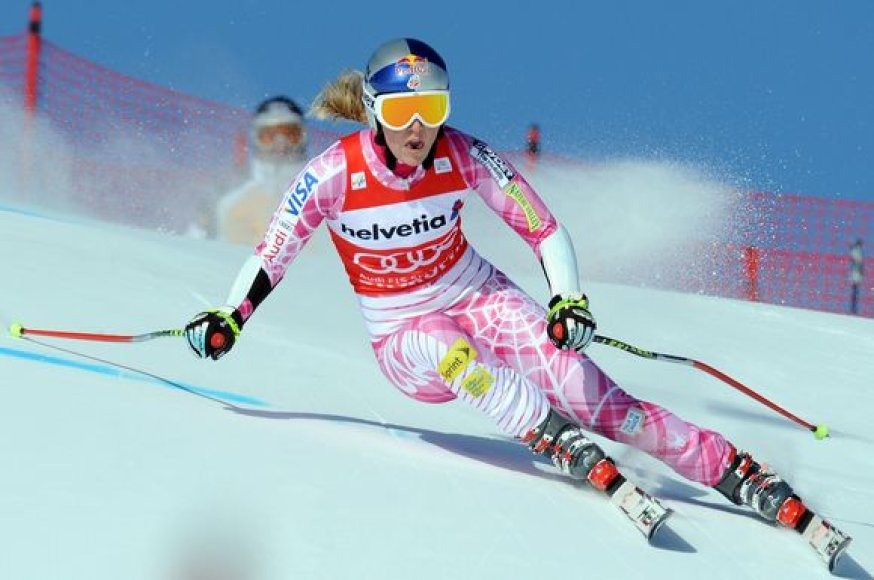 L.Vonn – pagrindinė kandidatė į olimpinį auksą kalnų slidinėjime
