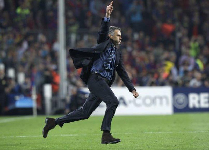 J.Mourinho emocingai demonstravo savo džiaugsmą