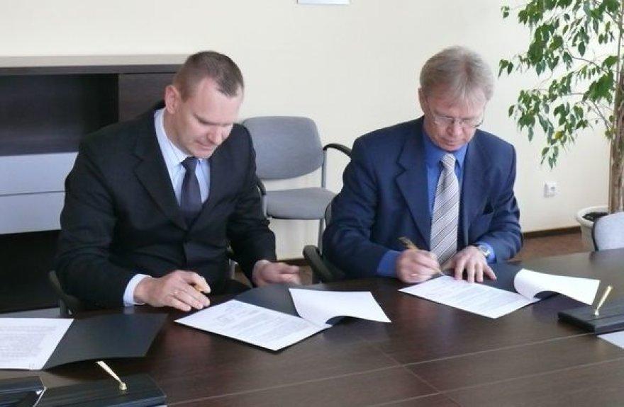 Pasirašoma bendradarbiavimo sutartis