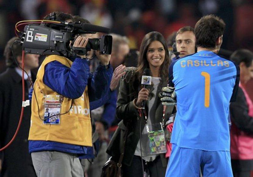 I.Casillasas ir jo draugė televizijos žurnalistė
