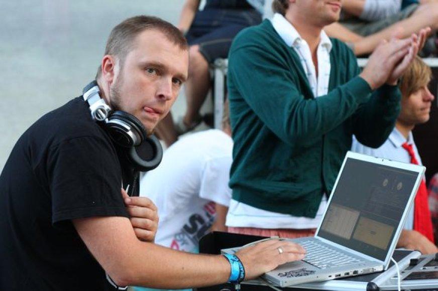 DJ Mamania