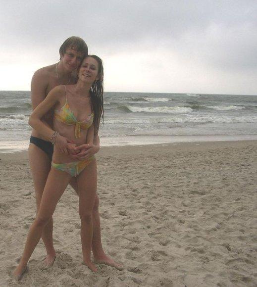 Bikini porelė Domantas ir Indrė