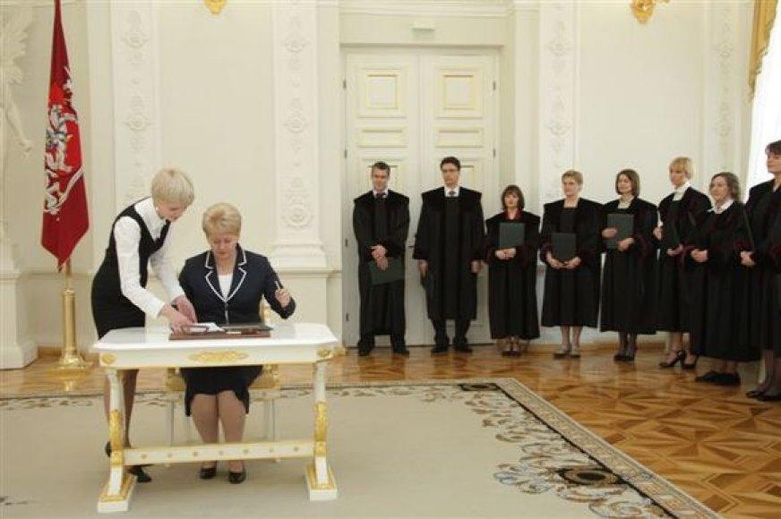 Grybauskaitė su teisėjais