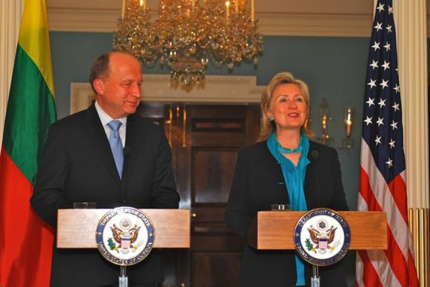 Premjeras A.Kubilius su valstybės sekretore H.Clinton