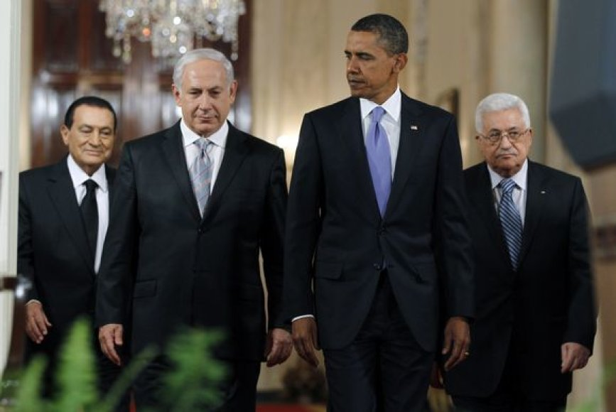 Izraelis ir palestiniečiai atnaujina tiesiogines taikos derybas.