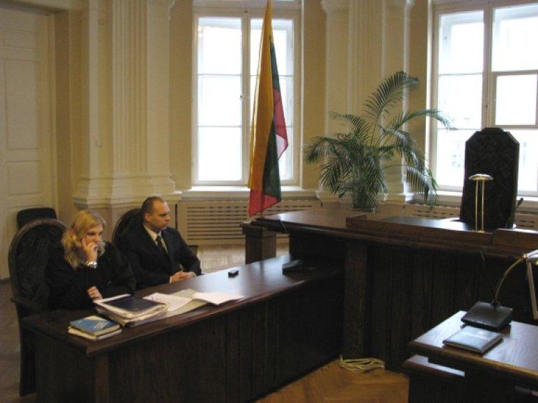 M.Petrylai ir jo advokatei teks apsišarvuoti kantrybe.