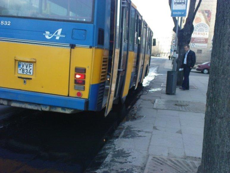 Mazuto bala autobusams neišvengiama.