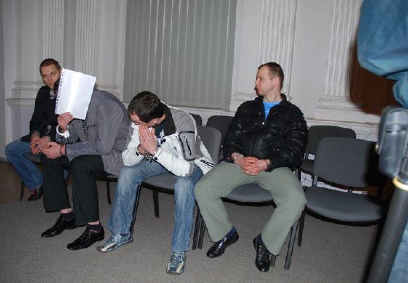Kaltinamieji alytiškių gaujos baudžiamojoje byloje (iš kairės): D.Eidukevičius, A.Dusevičius, Ž.Kuniutis, M.Milkevičius.
