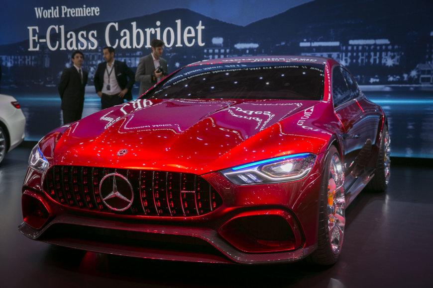 "Irmanto Gelūno / 15min nuotr./Ženevoje pristatytas ""Mercedes AMG GT"" konceptas"