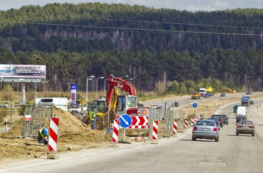 Gariūnų tilto ir gatvės rekonstrukcija bus baigta iki rugsėjo 1-osios.
