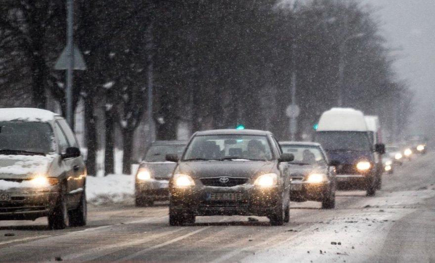 Žiemos vaizdai Vilniaus gatvėse.