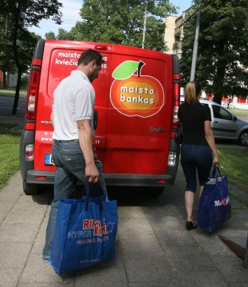Liepos 13-29 dienomis beveik 23 tūkst. labiausiai nepasiturinčių žmonių Vilniuje ir Panevėžyje sulauks paramos maisto produktais.