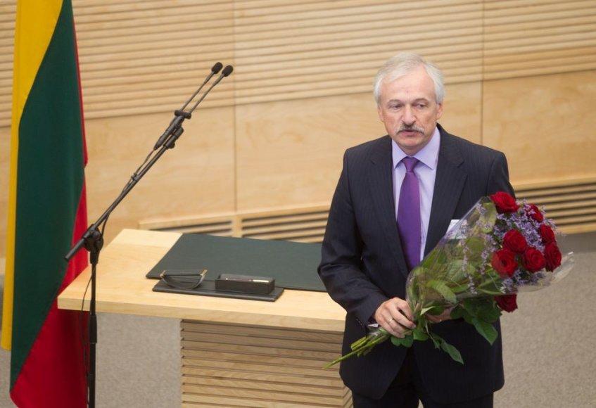 Seime prisiekė naujasis ūkio ministras Evaldas Gustas