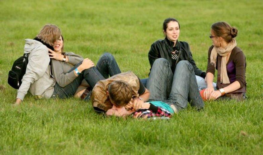 Jaunimo publika turėjo atlaikyti devynių valandų muzikos maratoną.