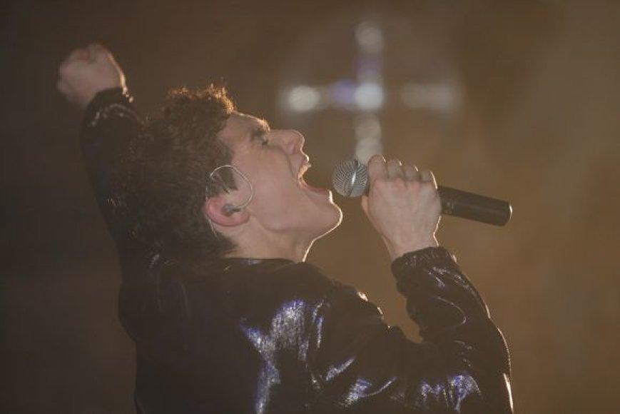 M. Jacksoną įkūnijo dainininkas Donatas Montvydas.