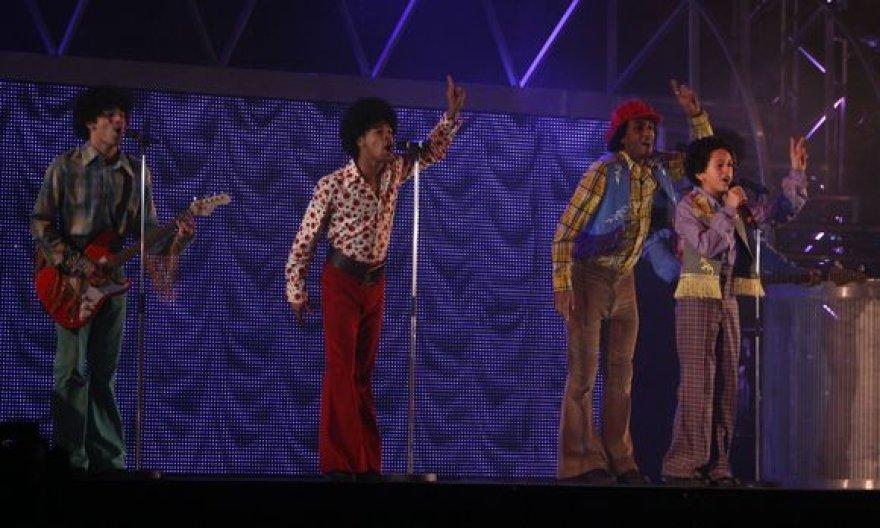 """Akimirka iš miuziklo """"Thriller-Live"""""""