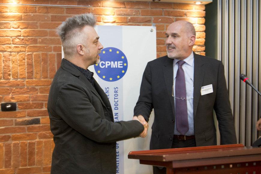 Irmanto Gelūno / 15min nuotr./Europos gydytojų apdovanojimų akimirka