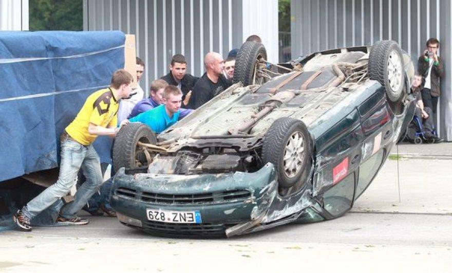 """Kaskadininkų mūšis """"Tauras 2011"""""""