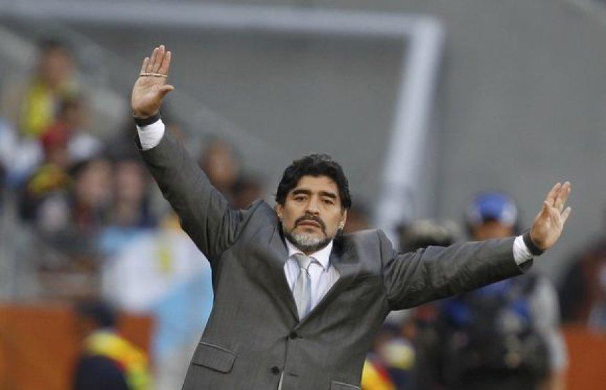 Diego Maradona ir jo reakcija į įvykius aikštėje