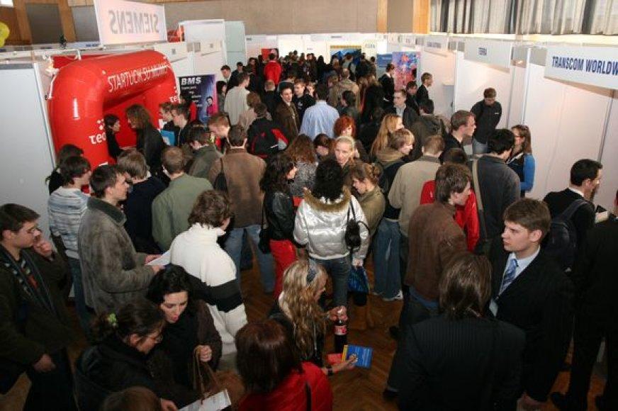 KTU Karjeros dienos sutraukia tūkstančius studentų, norinčių susirasti vietą praktikai atlikti arba būsimą darbo vietą.