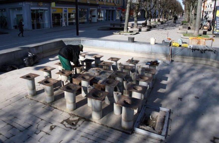 Laisvės alėjos fontaną planuojama suremontuoti iki gegužės 1 dienos.