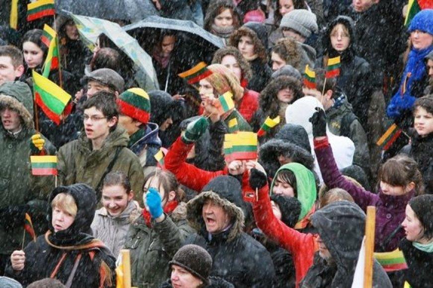 Prastas oras nesutrukdė švęsti Nepriklausomybės atkūrimo dieną.