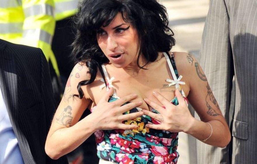 A.Winehouse