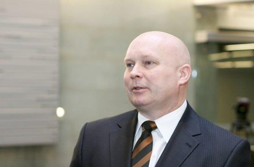 R.Petrauskas