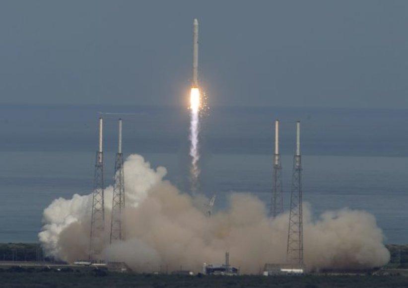 """""""Falcon-9"""""""