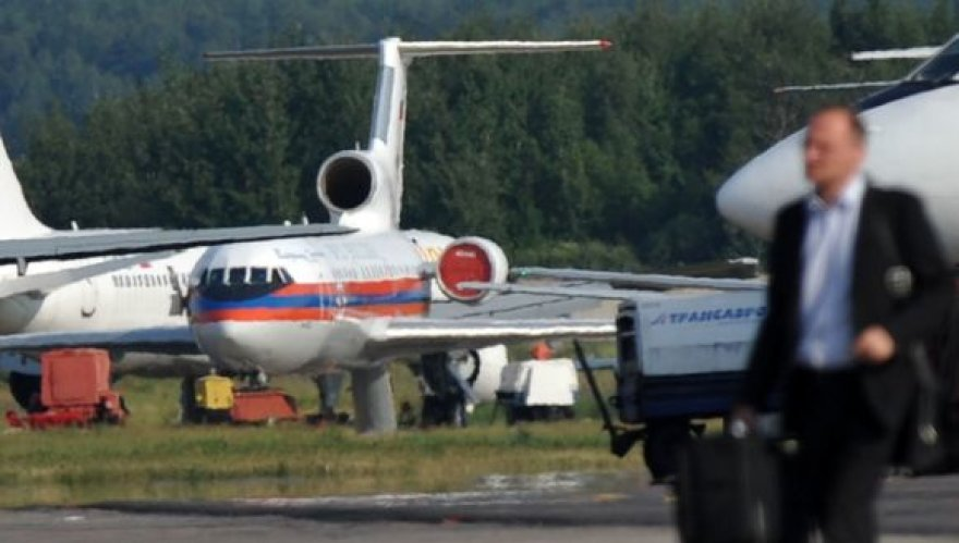 Šnipus gabenantis lėktuvas