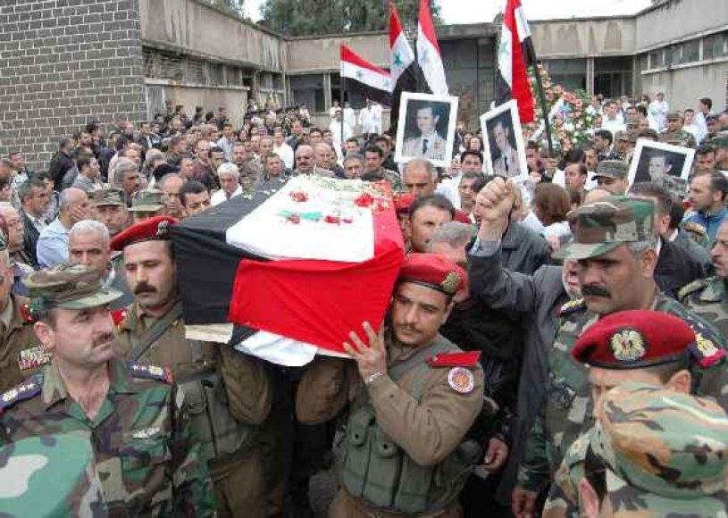 Nešamas karstas su dar vienu žuvusijuoju per neramumus Sirijoje