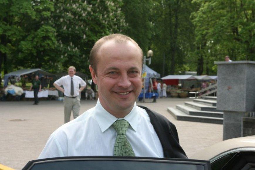 """Druskininkų meras R.Malinauskas sako, kad 185 tūkst. litų už automobilį yra """"protinga kaina"""""""