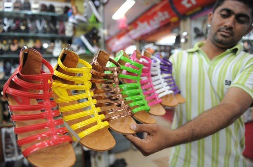 Indijos ekonomika ir toliau sparčiai auga
