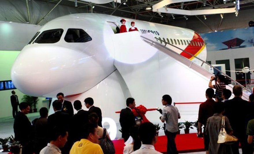 Naujasis lėktuvas