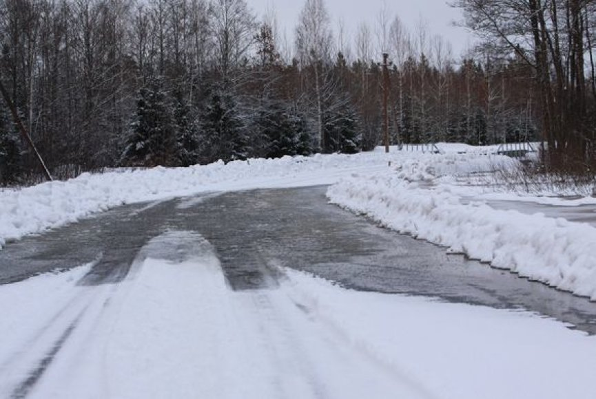 Pamaryje – apsemti keliai