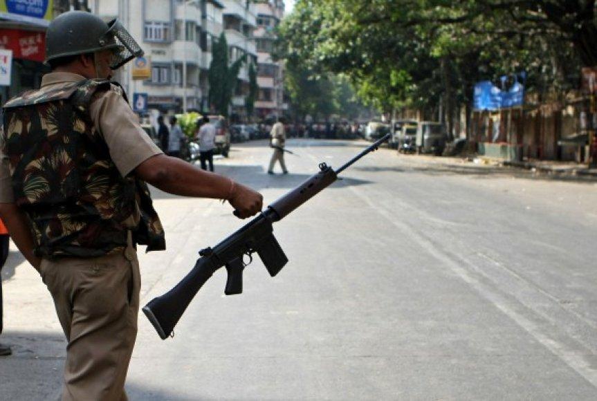 Mumbajuje – karinė padėtis