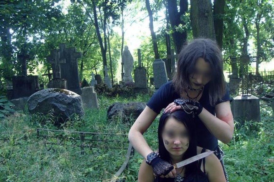 Fotosesija kapinėse