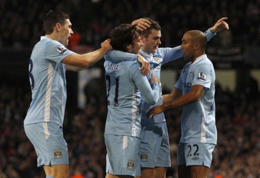 """Kalėdas pirmojoje čempionato vietoje """"Manchester City"""" futbolininkai pasitinka pirmą kartą net nuo 1929 metų."""