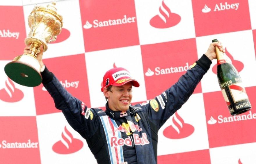 22 metų S.Vetteliui ši pergalė buvo trečioji per karjerą.