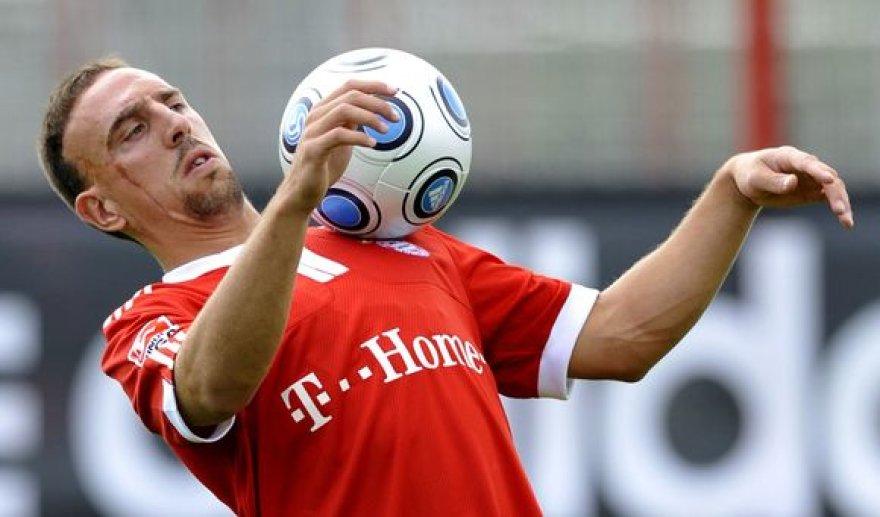 F.Ribery pokštai patinka ne visiems.
