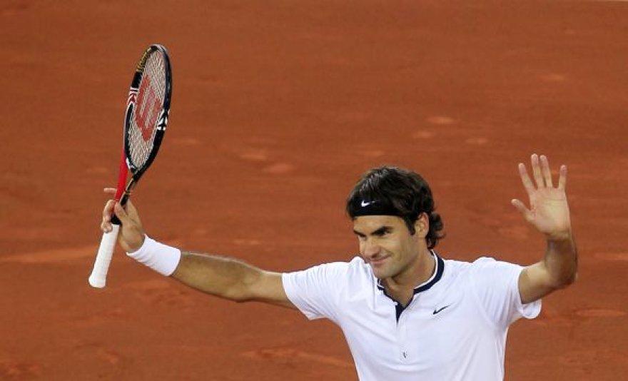 R.Federeris pusfinalyje nugalėjo korto šeimininką D.Ferrerą