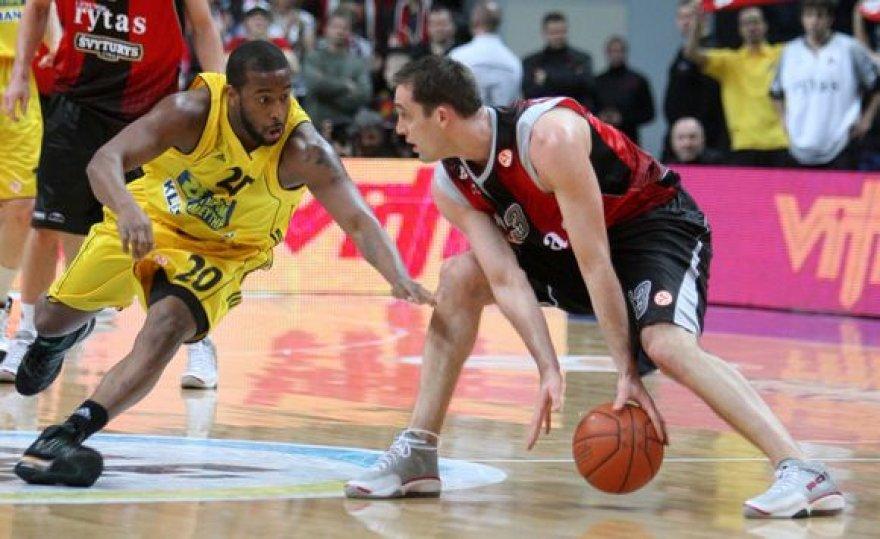 """D.Washingtonas (kairėje) yra žaidęs ir prieš Vilniaus """"Lietuvos rytą"""""""