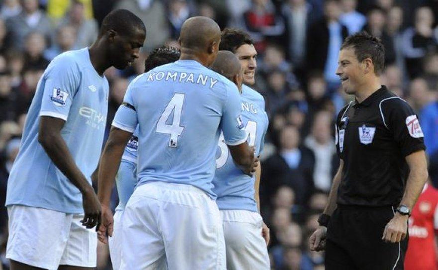 """""""Manchester City"""" namuose patyrė sutriuškinimą"""