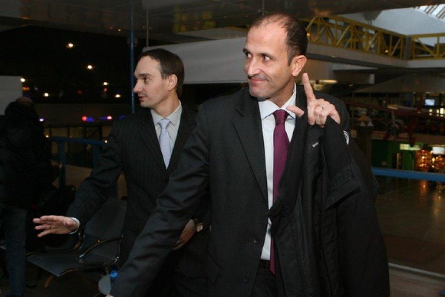 NBA viceprezidentas Europos reikalams Jesusas Bueno žadėjo padėti populiarinti Lietuvoje vyksiantį 2011 metų Europos krepšinio čempionatą