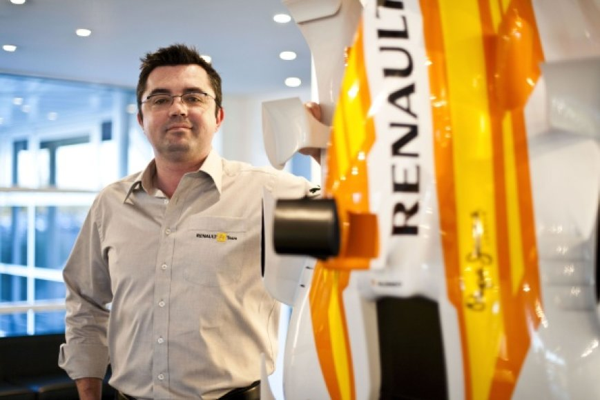"""Renault"" komandos vadovas Ericas Boullieras."
