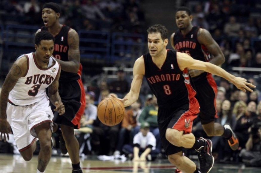 """Toronto """"Raptors"""" krepšininkai iš paskutinių 15-os rungtynių NBA lygoje laimėjo vos vienas."""