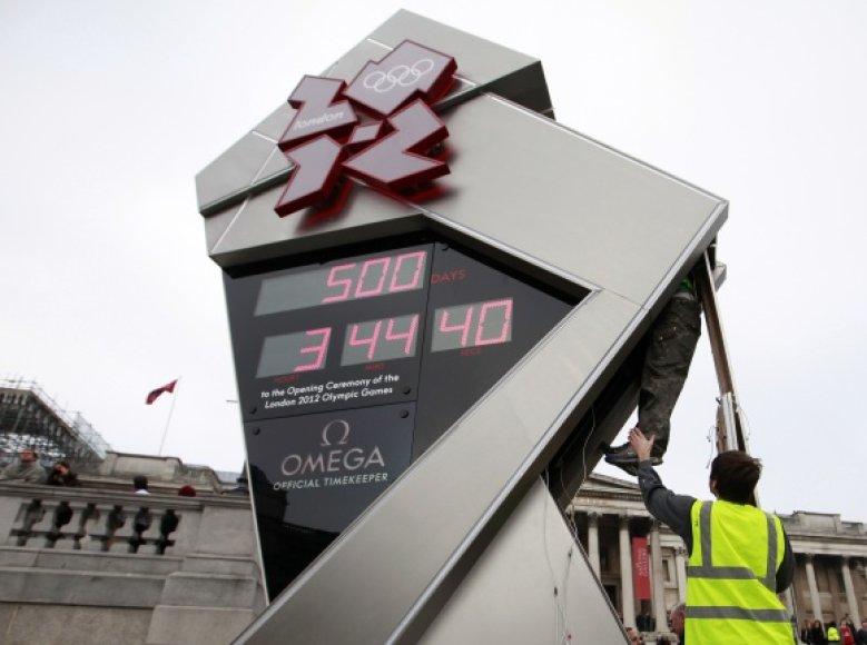 Darbuotojai mėgina laikrodį vėl priversti skaičiuoti laiką.